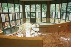 直入町温泉療養文化館 御前湯の浴場